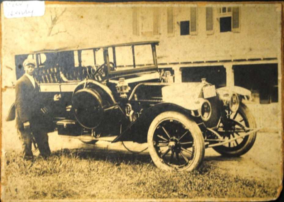 Dr. Coggins' sanitarium car and driver. I found this after the column appeared. Source: Laurel Historical Society.